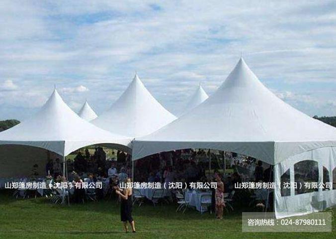 庆典篷房是一个完美的暂时建筑